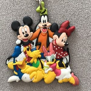 🤖4/$40🤖 Disney Mickey & Friends keychain